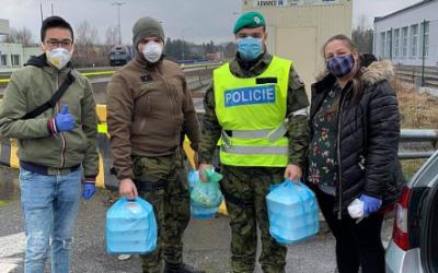 Vietnamské jídlo pro policisty a vojáky v Českém Těšíně